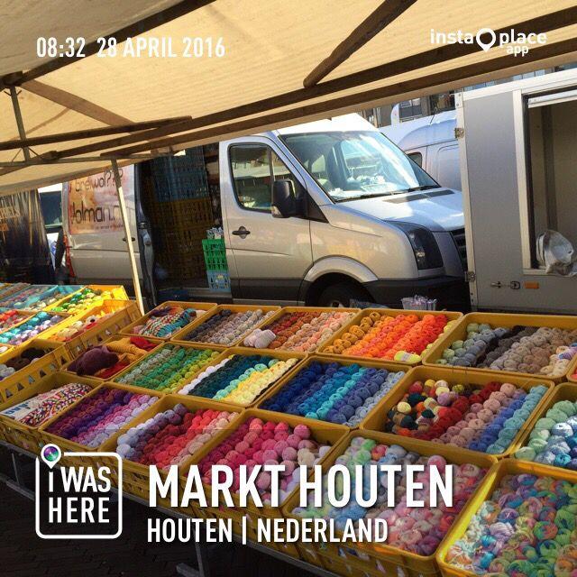 Vandaag  Koningsdag 2.0  op de markt in Houten, volgende week staan we niet in Houten i.v.m Hemelvaartsdag!!