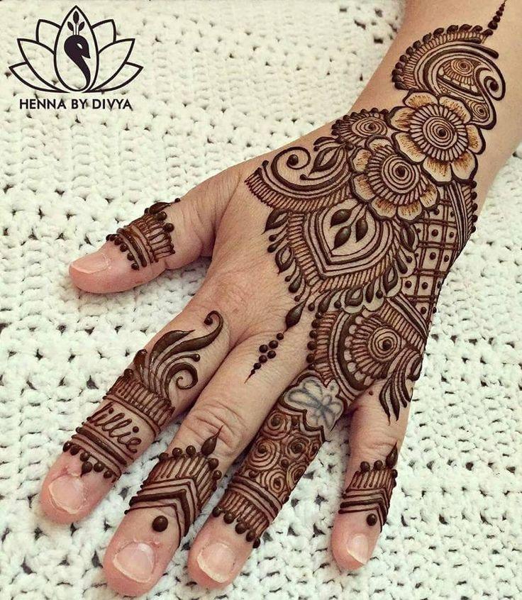 Lovely design for back of palm