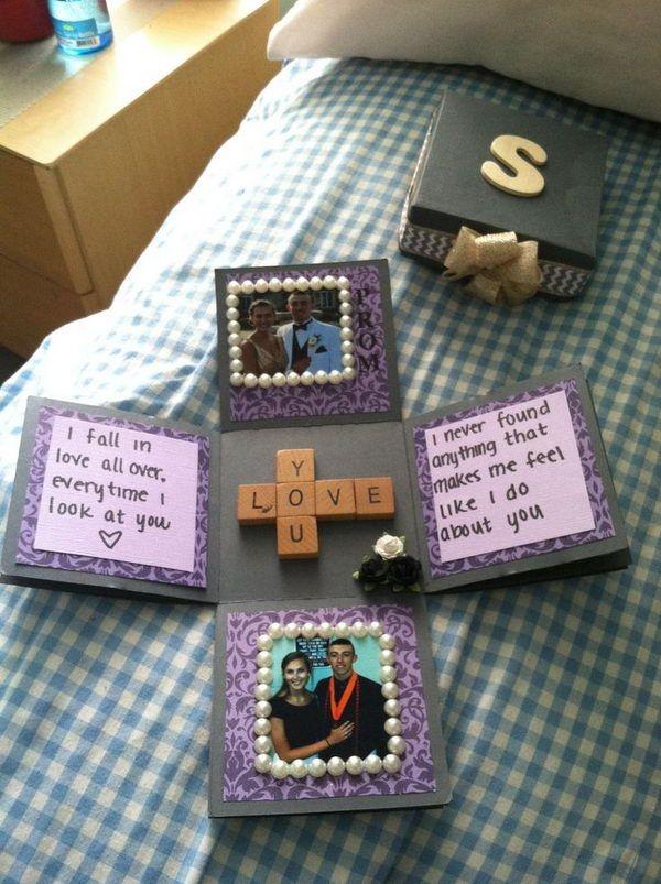 La explosión de la caja del Amor.  http://hative.com/romantic-scrapbook-ideas-for-boyfriend/