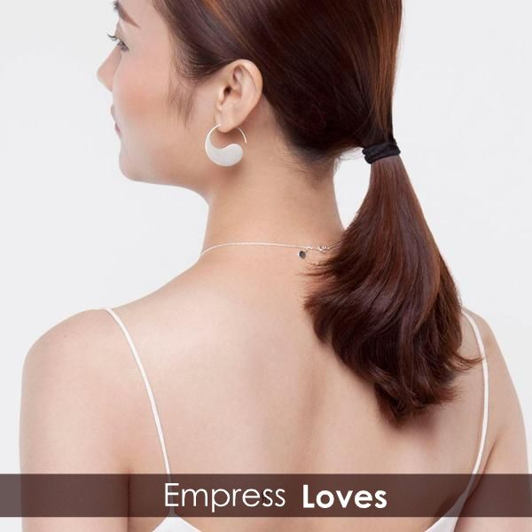 People remember what they want to see. Under your inaction eyebrows is a world while it is another in rumors of passers.Everyone interprets with his/her experience, and we just right understand...The Yin Yang Earrings for you:https://goo.gl/uiuOSN
