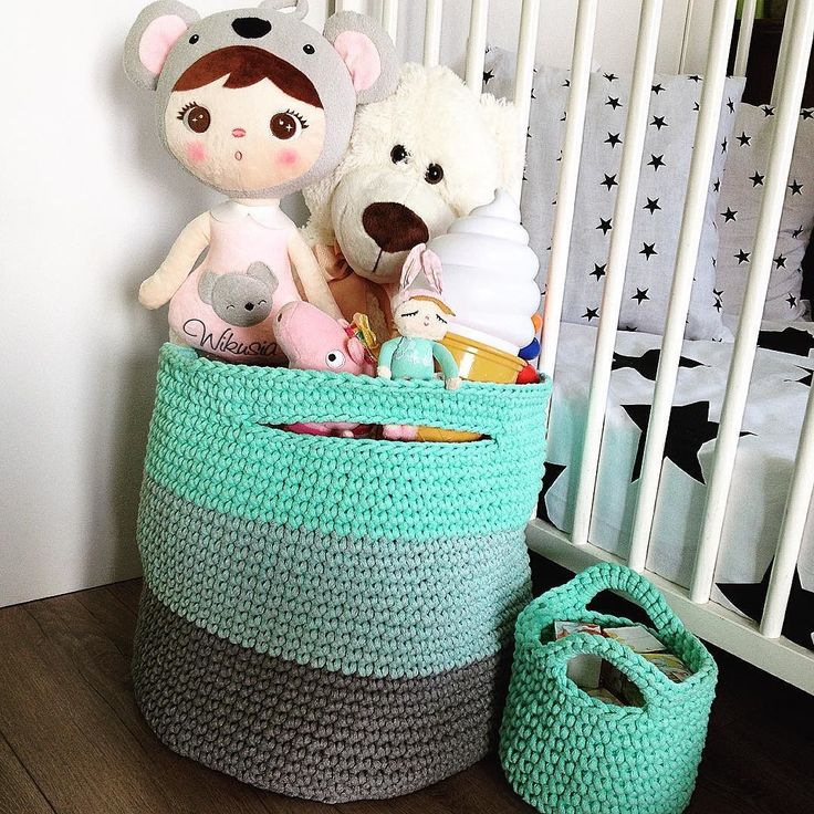 Kosz na zabawki ombre  @lalkametoo #lalkametoo #ombre #ombrecolor #ombrestyle #ombrestuff #koszyk #sznurek #szydelko #baby #babyroom #babyroomdecor #design #babydesign #instamatki #instadziecko #dziecko #home #homemade #homedecor #homesweethome #homedesign #pokojdziecka #rekodzielo #i_love_rekodzielo @i_love_rekodzielo #crochet #crochetlove #crochetbaby #crocheting by szydelko_i_sznurek http://discoverdmci.com