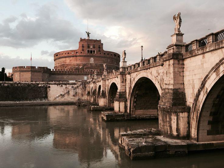 Castle sant Angelo/Rome/cloudy