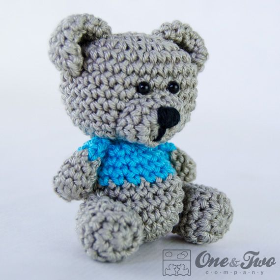 One and Two Company   Workshop 3.9 inches  ~ free pattern