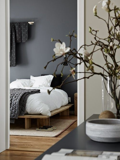 Bedroom with grey wall