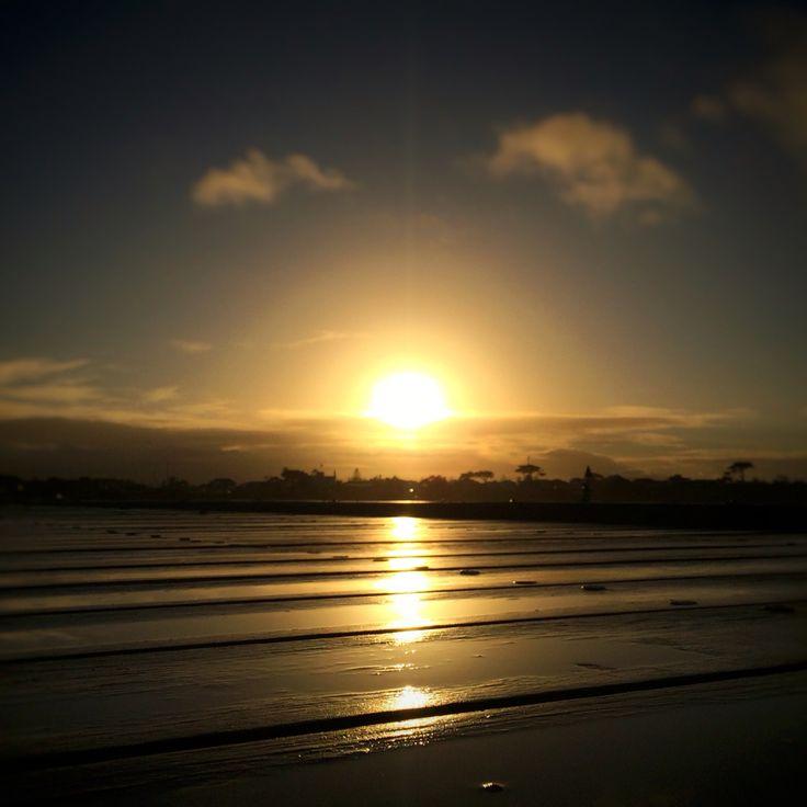 Winter sunrise at Mordialloc Pier