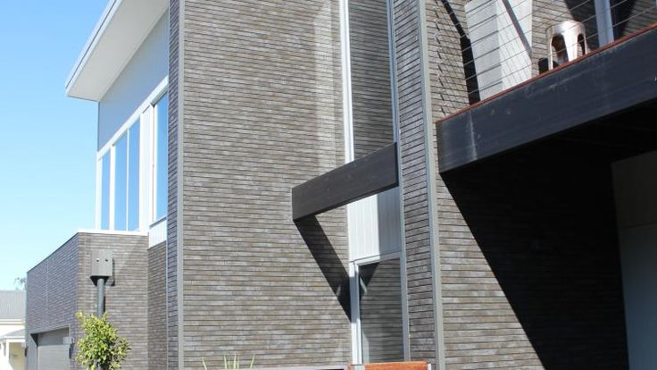 Cemintel SimpleLine™ is a smooth flat fibre cement panel external walling solution.