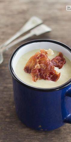 Crema de puerros con crujiente de jamón
