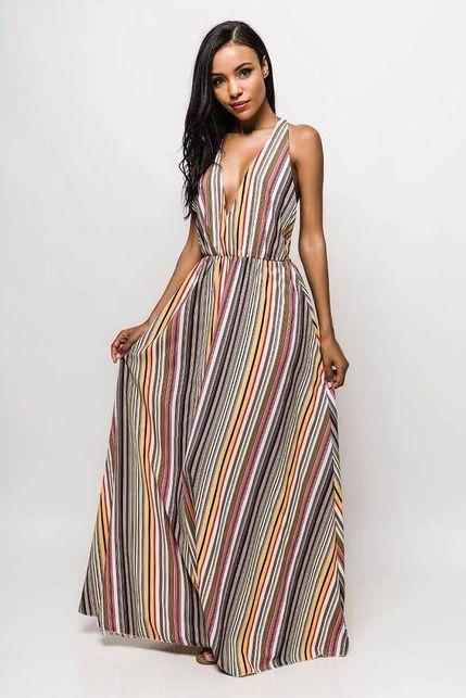 1eb1f7f5783f Dlhé farebné pruhované šaty s odhaleným chrbtom