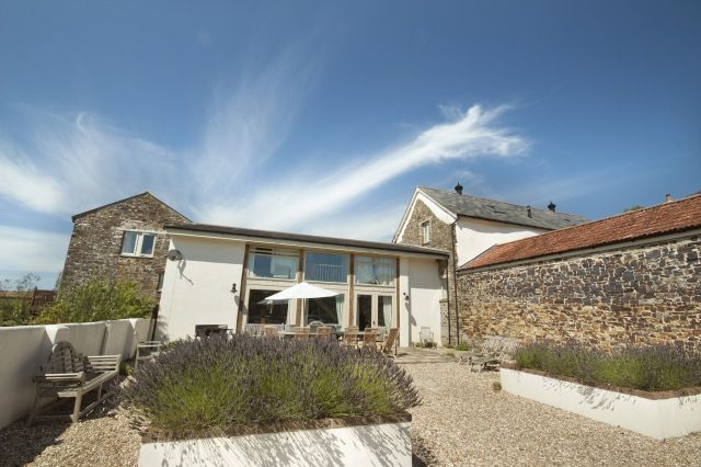 The Stables - self catering accommodation in Devon North  - sleeps up to 12