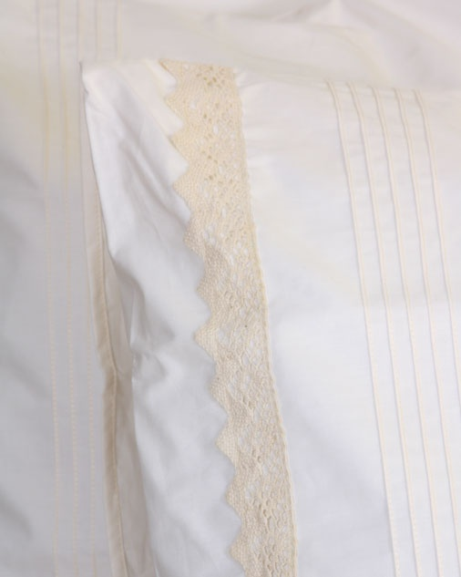 100% Cotton percale 200 thread count with a lovely cotton lace edge and pin tuck detailing.  Available in the following items:  Set of two standard pillow cases  Set of two king pillow cases  Single flat sheet  3/4 flat sheet  Double flat sheet  Queen flat sheet  King flat sheet  Single duvet cover  Double duvet cover  Queen duvet cover  King duvet cover  Super king duvet cover