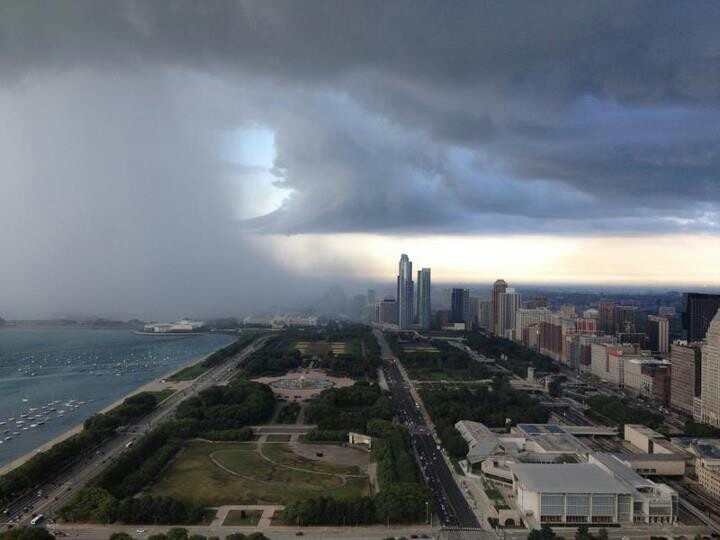 Rain: Approach Storms, Spectacular Weather, Downtown Chicago, Rain Shaft, Lakes Michigan, Scary Storms, Storms Chicago, Chicago Il, Chase Storms