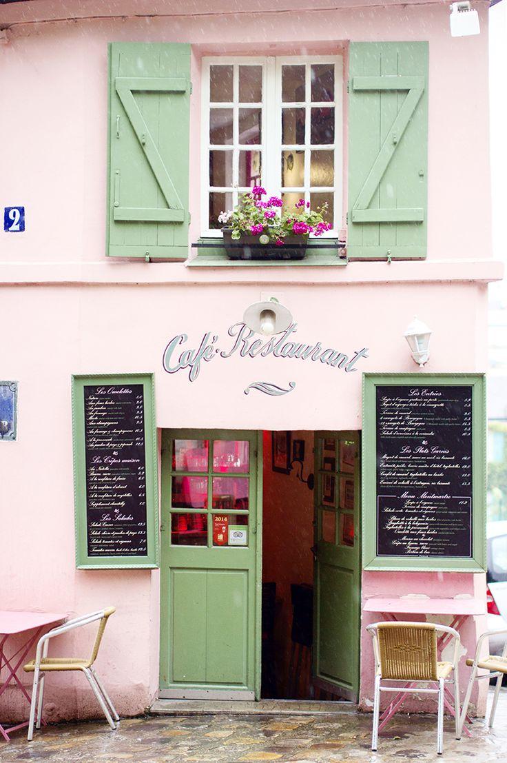 Raindrops in Montmartre
