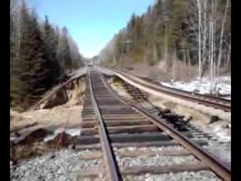 ▶ CN Rail Train wash out.WOW!!!.3gp - YouTube
