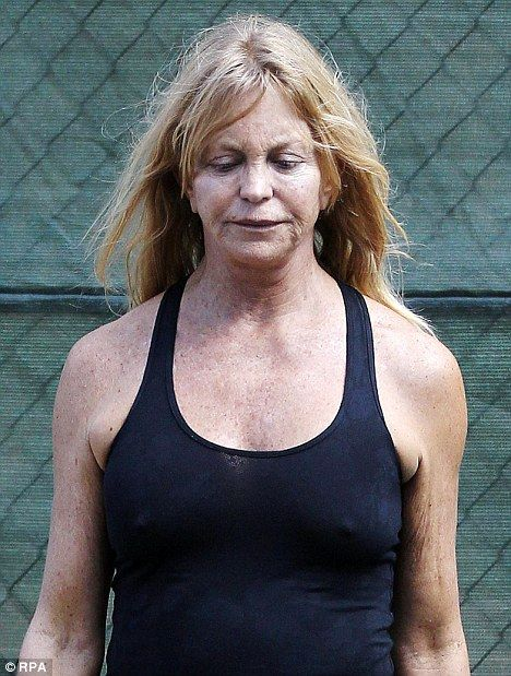 Goldie Hawn braved a make-up free face ,67