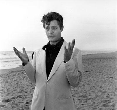 """Marcello Mastroiann (28 September 1924-19 December 1996) as Marcello Rubini in """"La Dolce Vita"""", 1960 age 42."""
