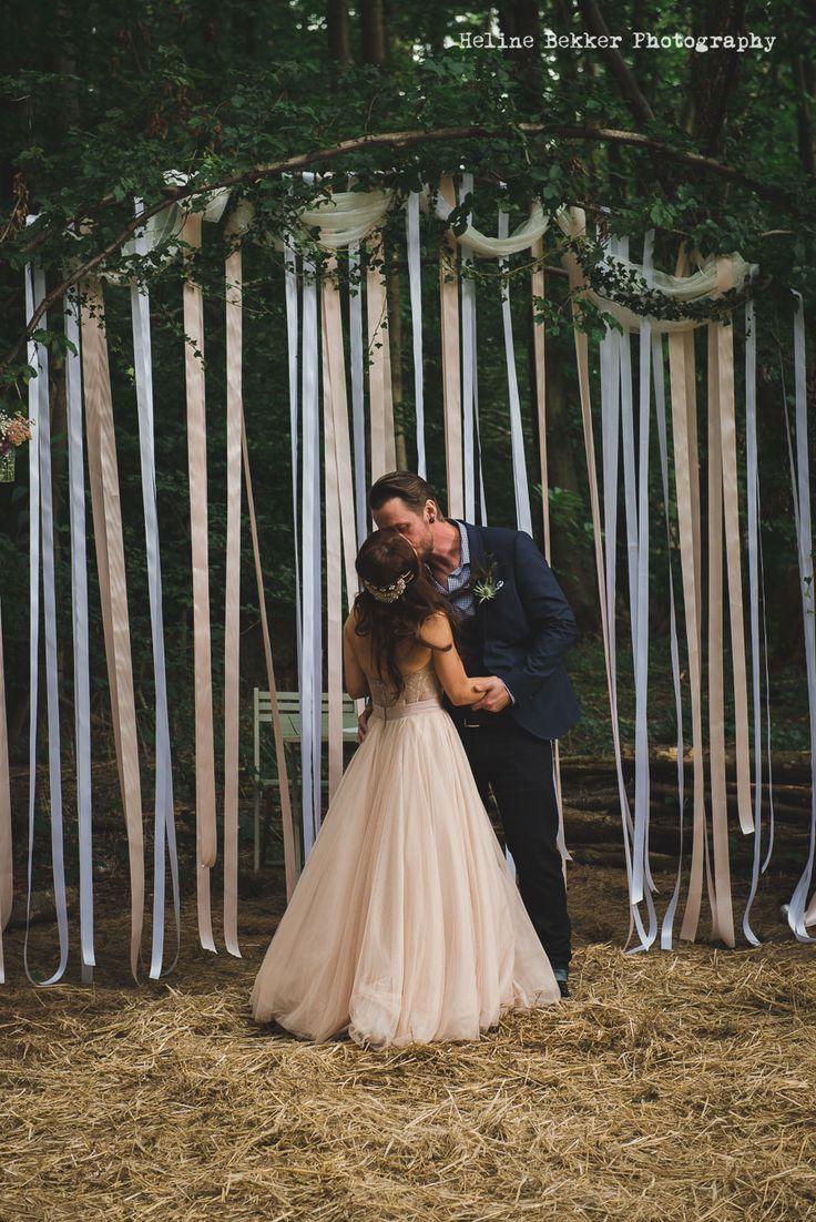 Stunning Festival Wedding At Squirrel Woods By Heline Bekker Photography
