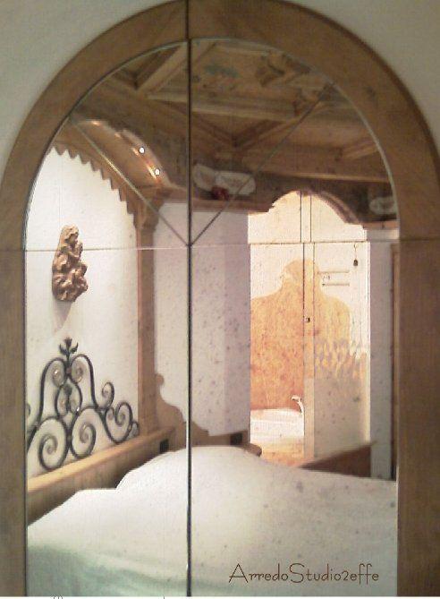 Camera in legno con bagno annesso