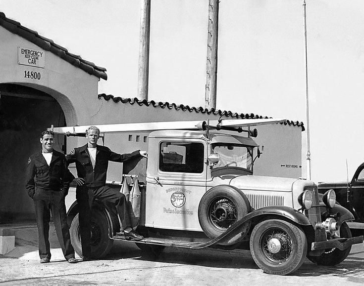 Pictures of Classic Ford Pickup Trucks: Lifeguards with 1933 Ford Truck