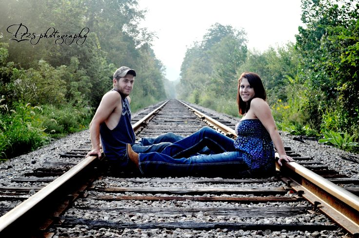 Couples photography Railroad tracks