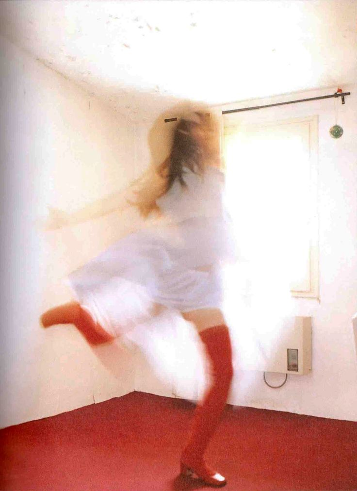 2000 YUKI / Sony Music Stars / THROUGH / Sony Magazines Inc. Photography by 高橋ヨーコ