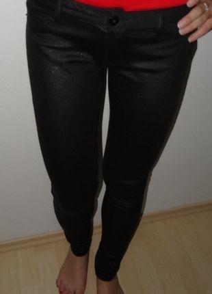 Kupuj mé předměty na #vinted http://www.vinted.cz/damske-obleceni/uzke-kalhoty/9311024-cerne-skinny-kalhoty