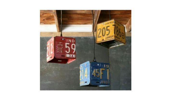Retrouvez notre article sur le recyclage de plaque d'immatriculation sur notre blog quartier des jantes .