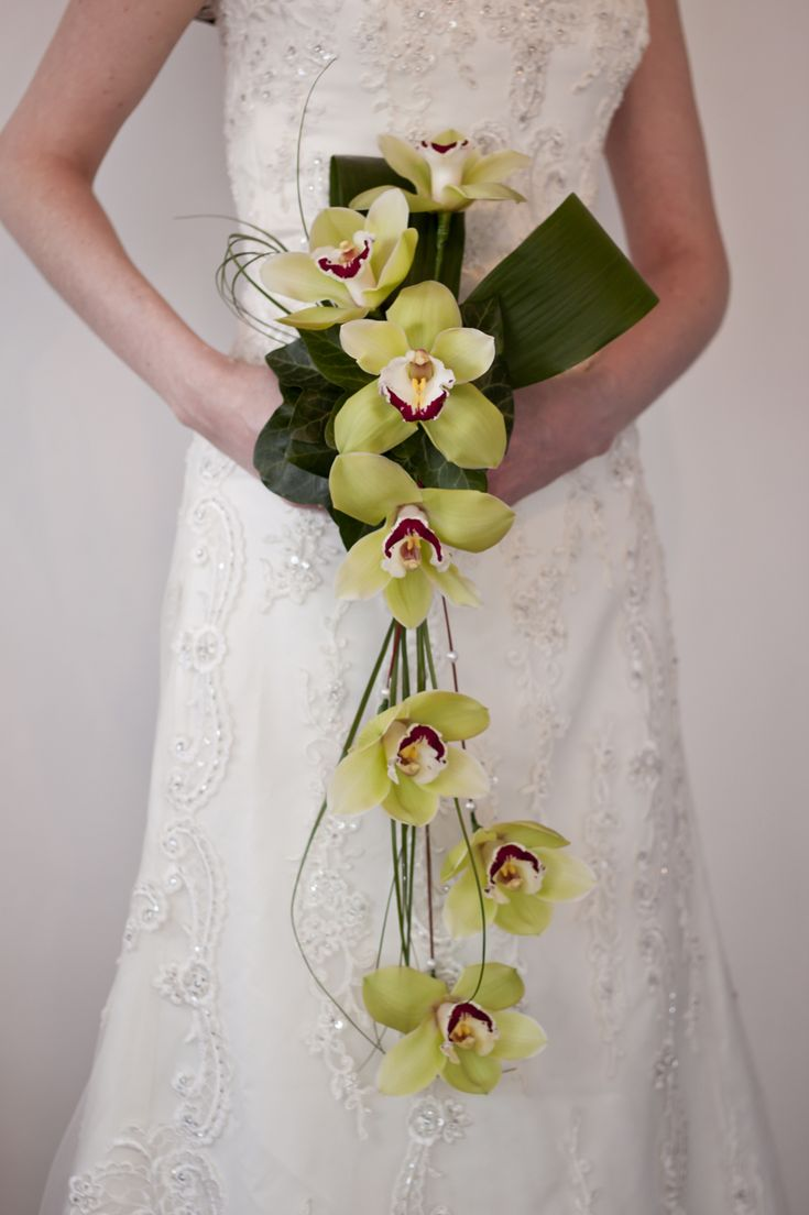 Modern wired orchid bouquet flowers pinterest the o 39 jays orchids and simple - Flowers good luck bridal bouquet ...