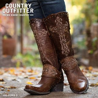 Country Outfitter boots that I must have!!