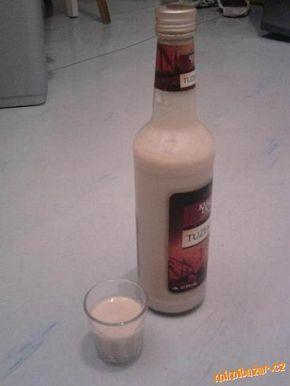 Baileys - hřejivé (nejen vánoční) pitíčko pro ženy. Jako originál.Dobroučké moc!!!!