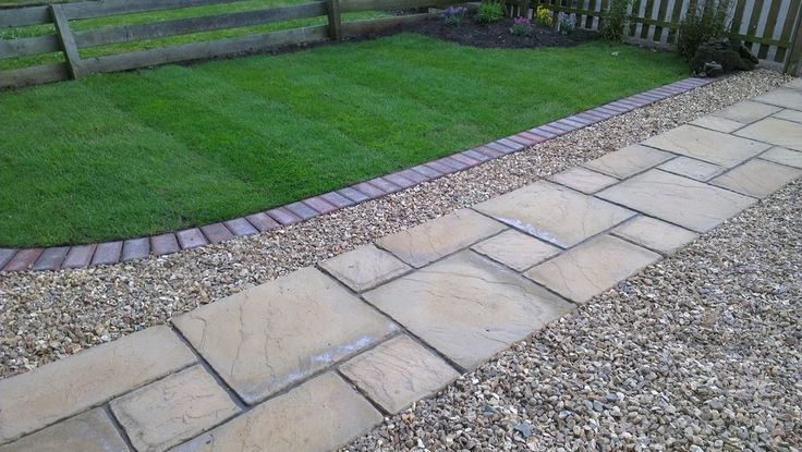 Paved garden path lined with gravel garden paving jobs pinterest gardens front gardens - Slab pathway design ideas ...