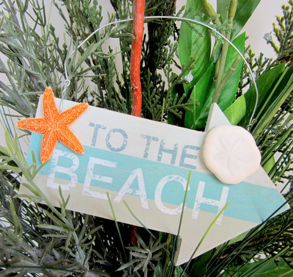 45 best Beach Cottage Holiday Decor images on Pinterest  Holiday