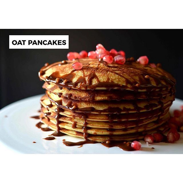 How happy would you feel to wake up to a banging breakfast like this? These are my all time favorite oat pancakes.  Amazing breakfast is a mood setter for me. I've mentioned this in one of my previous blogs too :D. So lets start cooking and stack em up.