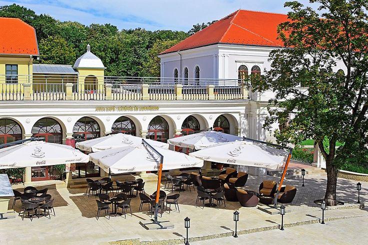 Anna Café in Anna Grand Hotel**** Wine & Vital Balatonfüred http://annagrandhotel.hu/anna-cafe.html