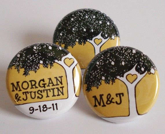 Buttons for wedding guests? would   make unique boutonnieres - a great alternative to flowers! @Logan gray and there is the tree!
