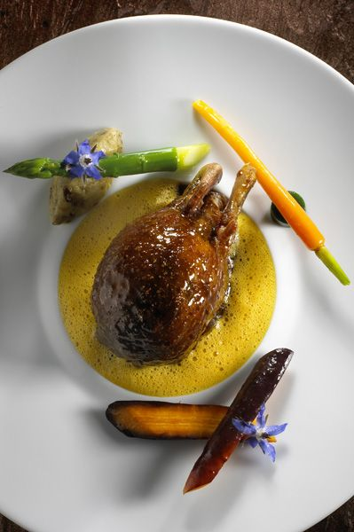 pigeon de Christian Le SquerL'art de dresser et présenter une assiette comme un chef de la gastronomie...