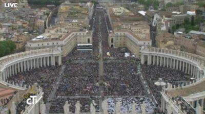 Bei der Heiligsprechung von Johannes Paul II.