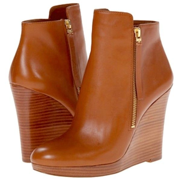 Pre-owned Michael Kors Carla  Luggage Boots (2 340 UAH) ❤ liked on Polyvore featuring shoes, boots, luggage, bootie shoes, short boots, michael kors, wedge boots et short wedge boots
