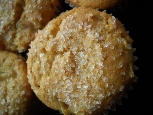 Apple Muffins (Cake Mix) from Food.com: These muffins are made with a yellow cake mix and apple pie filling. Super Easy!