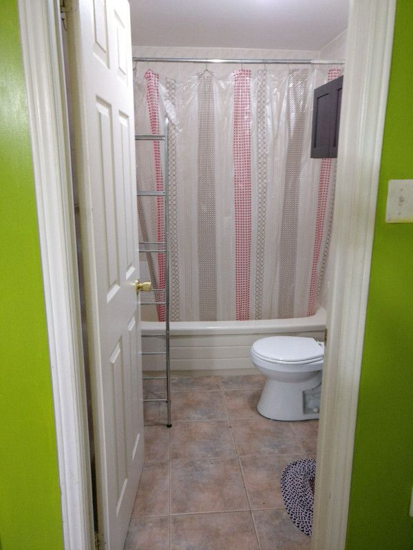 One large furnished bedroom (Suitable for 2 Students) for rent,attached washroom,dressing room,Sharing kitchen,living and dining.Near to Sheridan College.For 2 People $800 and for 3 people $950.Will provide single box frame Please call 647 985 5351. http://bit.ly/2k6tvku