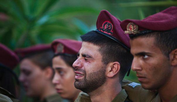 Une quarantaine de soldats de réserve de la plus prestigieuse unité de renseignement militaire israélien ont décidé de ne plus en endosser l'uniforme pour ne plus avoir à participer aux injustices commises selon eux contre les Palestiniens