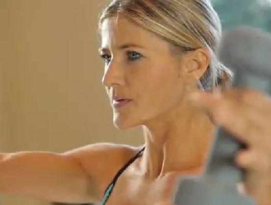 Denk je dat crunches de enige manier zijn om een sterkere buik te krijgen? Gelukkig niet. voor de afwisseling om effectief je buik te trainen is, deze staande workout van slechts 10 minuten. Dezeworkoutvideo voor je romp, laat zien dat je de sportmatniet hoeft aan te raken (of je rug lastig te vallen) om jouw….... lees verder