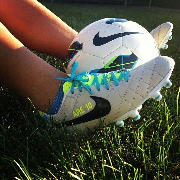 nike ball shoes nike soccer boots with sock