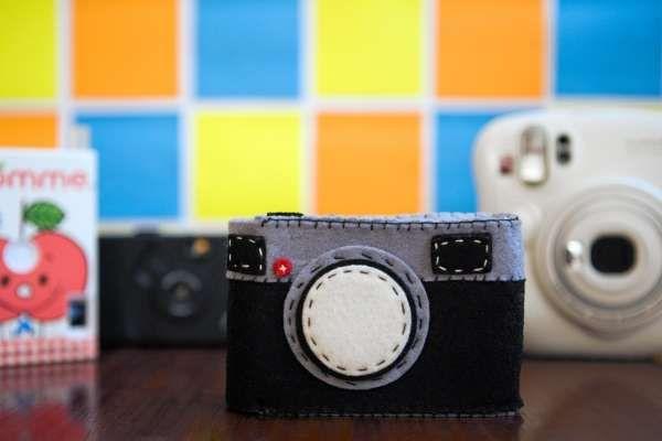 Cutesy Photography Pouches : fuzzy wuzzy camera case