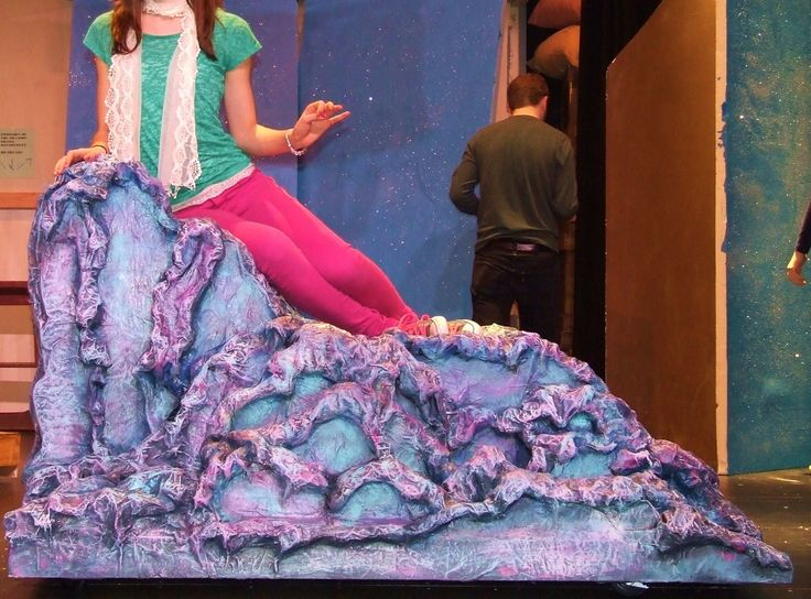 Looking for stunning theater set pieces but don't have the budget or time to make your own? We offer gorgeous props for both purchase and rental. Use Give 'Em Props Studio, LLC l to add beauty and magic to your theatre event.