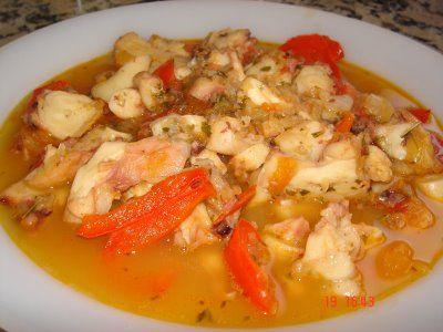 Top 25 ideas about recetas con marisco on pinterest tacos shrimp cocktail recipes and salsa - Bacalao guisado con patatas ...
