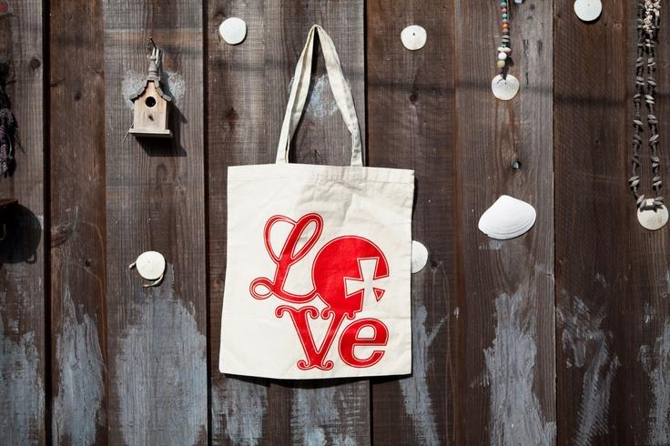 Vintage Love Tote Bag.