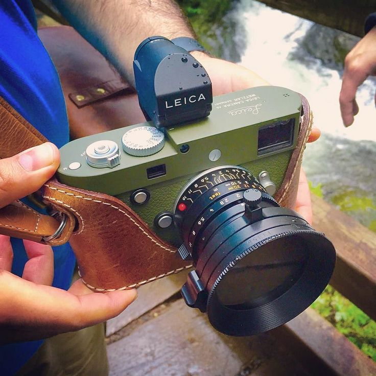 This stunning Leica M240 Safari belongs to @ediespaghetti. It features the brilliant 28mm Summicron with Leica polarizer and and an external viewfinder. Personally I'm not normally a fan of safari cameras but I think I could make an exception in this case! #cameracult #leica #leicamp #leicam240 #rangefinder #safari #cameraporn #leicaporn #m240 #leicasafari #leicadigital #digitalcamera