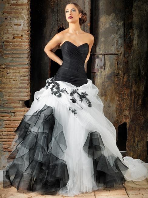 Vestidos de novia blanco con negro