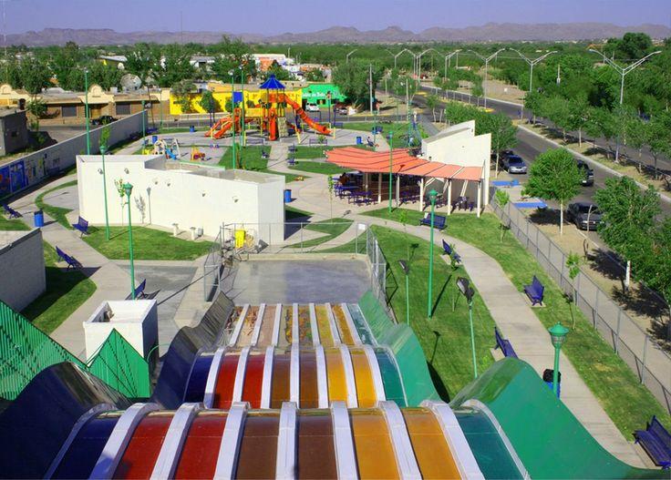 TURISMO EN CIUDAD JUÁREZ Te comenta que el Parque del DIF es un lugar que se ubica en la avenida Heroico Colegio Militar y Calle Costa Rica, tiene un horario de 7 de la mañana a 7 de la tarde y está abierto de martes a domingo. Los módulos que tiene son; juegos infantiles, rampa para bicicletas y patinetas, cancha de voleibol playero, cancha de basquetbol, futbol rápido, pista de triciclos y mucho más. www.turismoenchihuahua.com