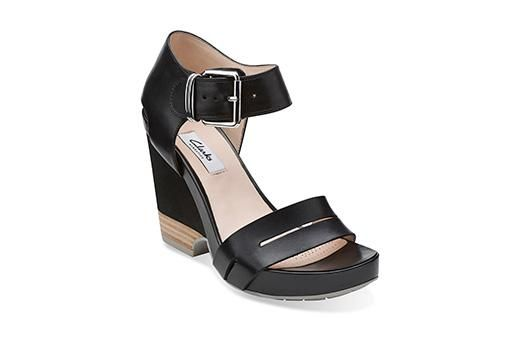 Rosalie Pose Black Leather